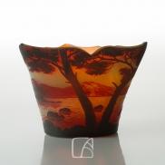 Petit vase signé DE VEZ